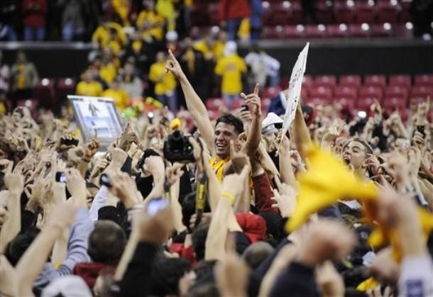 Greivis Vásquez fue cargado por los fanáticos de Maryland.