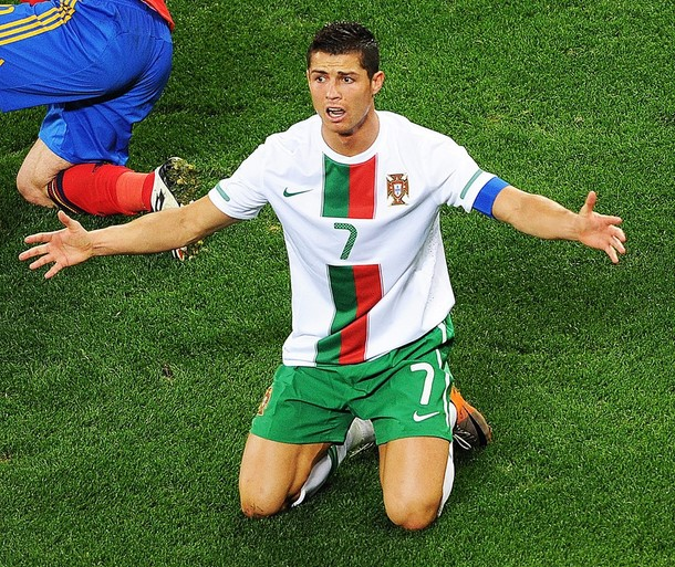 Cristiano Ronaldo esta en duda para el primer juego del Mundial.