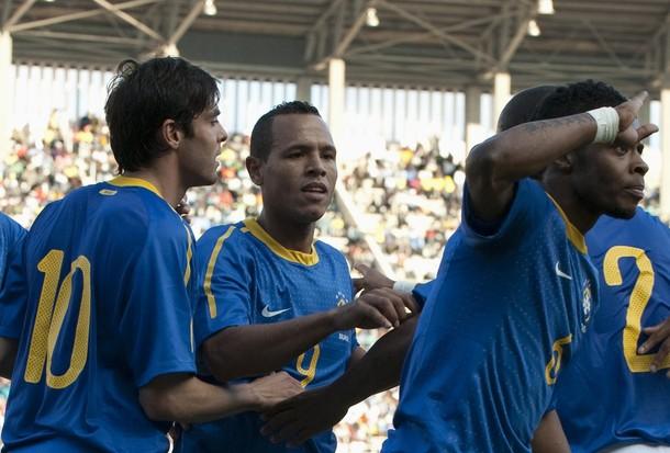 El combinado brasileño celebró cada uno de sus goles.