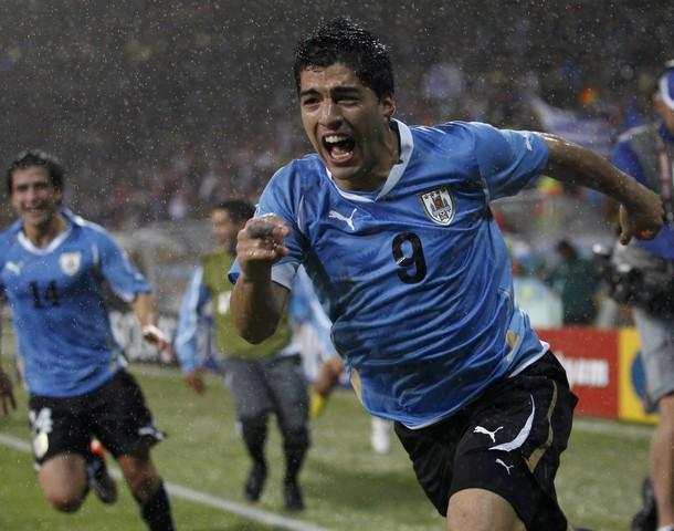 Luis Suárez le dio a la celeste el triunfo.