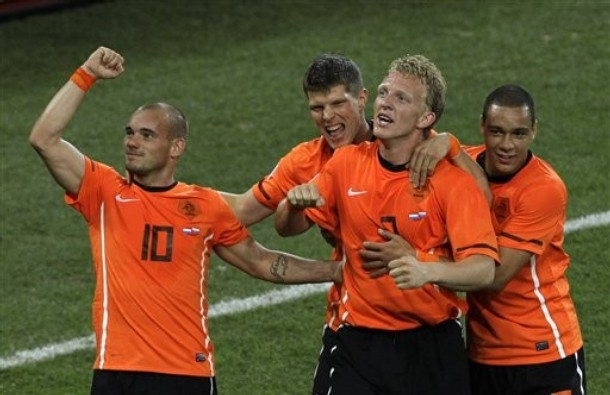 Holanda avanzó a las semifinales con récord perfecto.