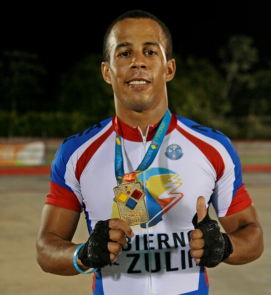 Juan Jardine es la figura zuliana del patinaje.