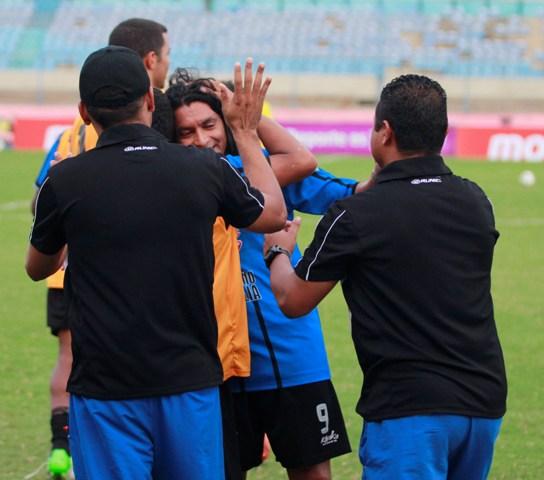 "José Félix Gutiérrez volvió a ser ""El Ángel"" salvador del Zulia FC. Foto: Carlos Sosa/La Verdad"