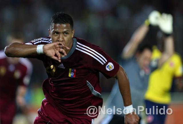 Salomón Rondón marcó un golazo para el triunfo venezolano. Foto: Nelson Pulido