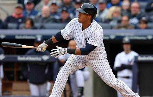 Yangervis Solarte se lució en Yankee Stadium.
