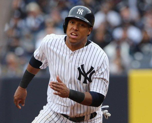 Yangervis Solarte lució en su debut en Yankee Stadium.