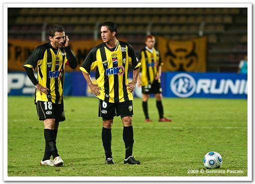 Gerzon Chacón y Javier Villafraz serán titulares por el equipo de Carlos Maldonado. Foto: Gennaro Pascale.