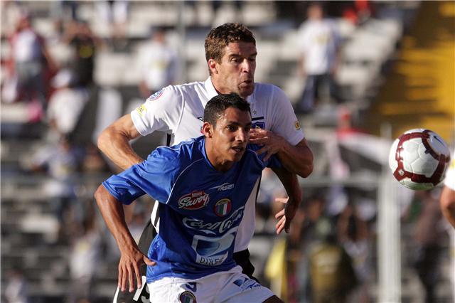 El azul capitalino no pudo aguantar del todo al cacique chileno. Foto: Prensa Dvo. Italia
