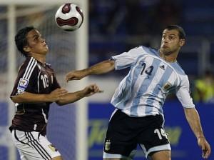 Luis Manuel Seijas regresa a la selección nacional.
