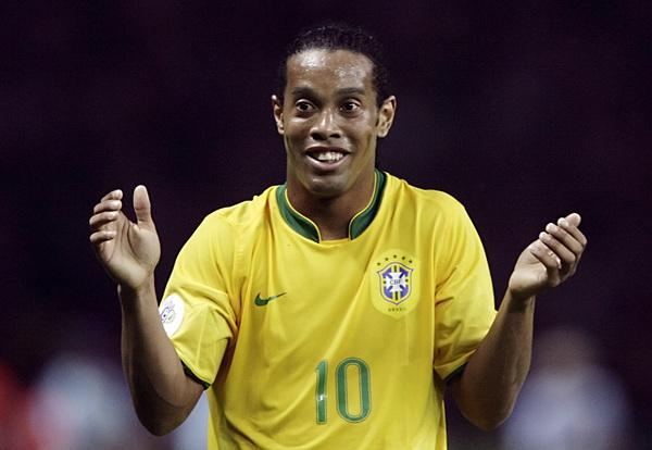 El mediapunta brasileño parece alejarse del Mundial Sudáfrica 2010.