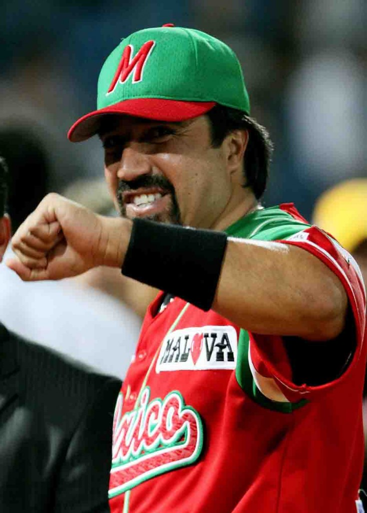 Vinicio Castilla liquidó a Venezuela y mantuvo a México dentro de la pelea.