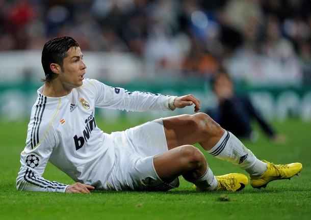 Cristiano Ronaldo no pudo llevar al Madrid a los cuartos de final.