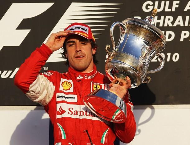 Fernando Alonso entró en la historia de la escudería al ganar en su debut.