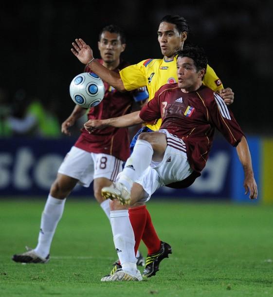 El defensor Juan Fuenmayor en uno de los tres zulianos en la selección.