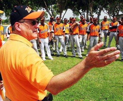 El gerente de los zulianos calificó de positiva su gira por los spring training.