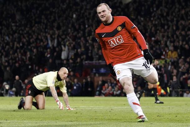 El delantero Wyane Rooney destrozó la zaga del equipo italiano.