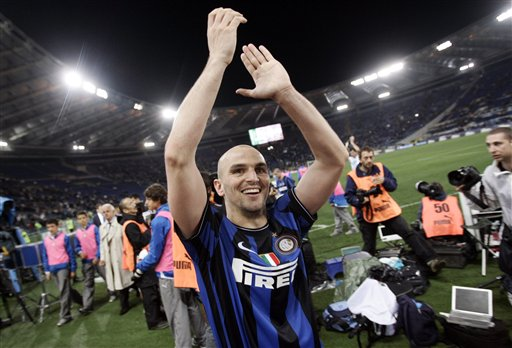 El argentino Esteban Cambiasso es clave en el Inter.