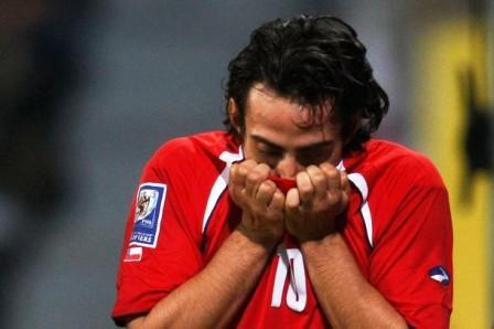 Jorge Valdivia jugará con Chile en Sudáfrica.