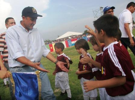 El gobernador del estado Zulia, Pablo Pérez, inauguró el campeonato.