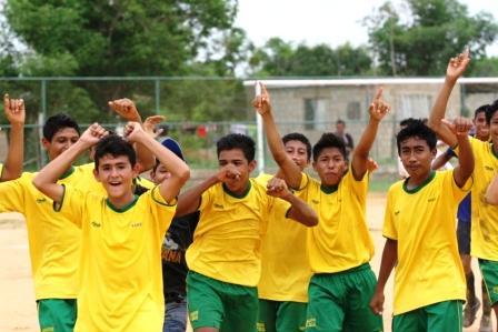 El equipo de Páez celebró su pase a la antesala a la final.