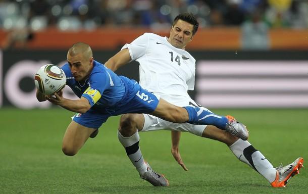 Fabio Cannavaro falló en la jugada que le dio el gol a Nueva Zelanda.