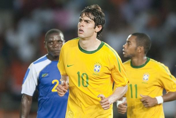 El volante brasileño Kaká está llamado a ser figura.