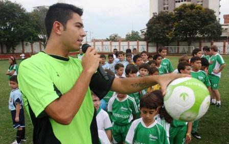 Miku Fedor compartió por más de dos horas con los niños en Maracaibo.