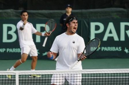 La pareja de José De Armas y Piero Luisi repetiría en el dobles.