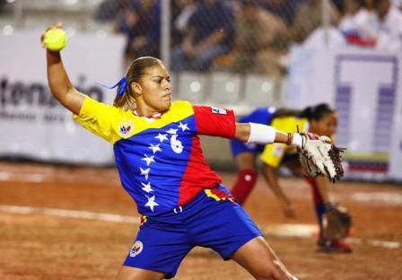 Mariangee Bogado le dio el título a Venezuela.