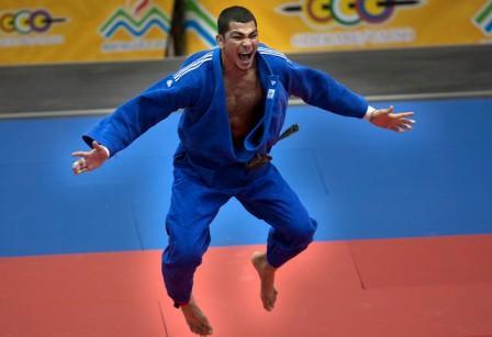 Mervin Rodríguez ganó la medalla dorada en los 81 kilos.