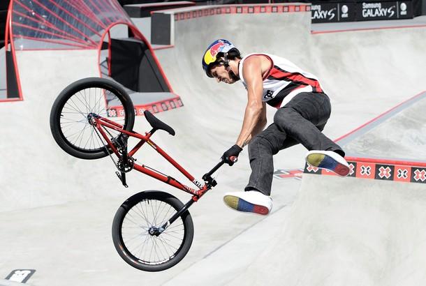 Daniel Dhers se ha lucido en el mundo con su bicicleta.
