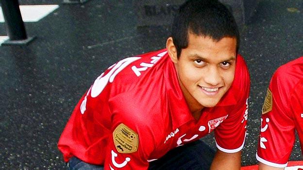 Roberto Rosales jugará la Liga de Campeones.