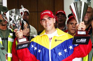 Pastor Maldonado asegura que tiene negociaciones con varios equipos de la F1.