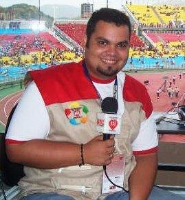 Ernesto Vera, periodista y narrador, afirma que hay que apostar por un equipo ofensivo.