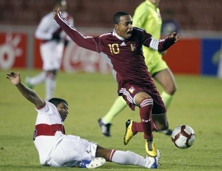 Yohandry Orozco hizo una de genio ante Perú.