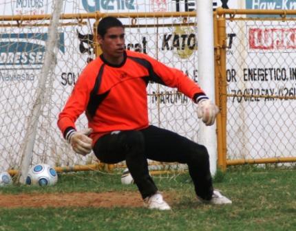 Luis Curiel, portero del Zulia FC, debutó en Caracas.