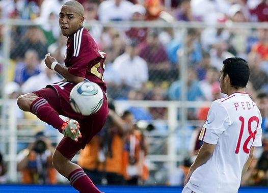 Yohandry Orozco mostró destellos de su calidad ante España. Foto: El Nacional