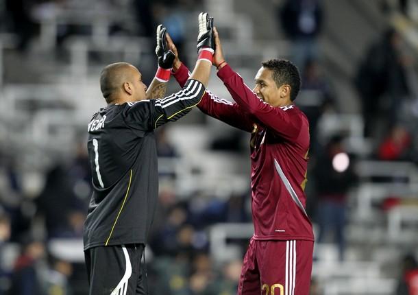 Renny Vega y Grenddy Perozo celebraron el resultado.