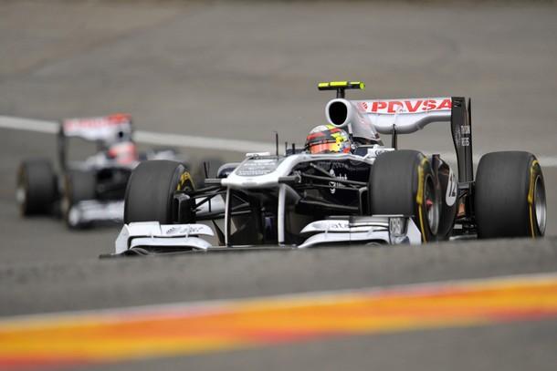 Pastor Maldonado arribó en el décimo puesto.