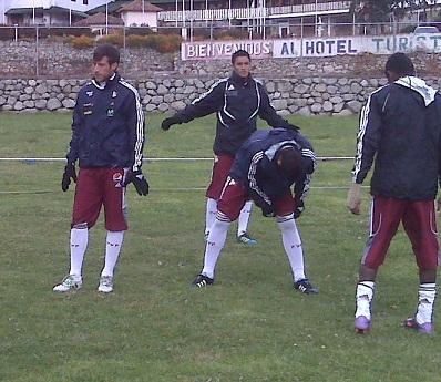 Un grupo de jugadores trabaja en el estado Mérida.