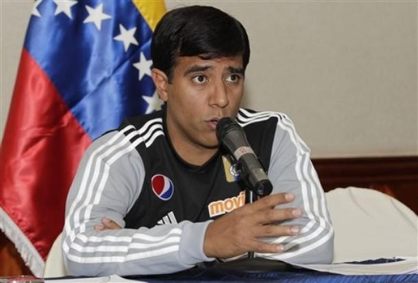 César Farías, seleccionador nacional de Venezuela, dio rueda de prensa.