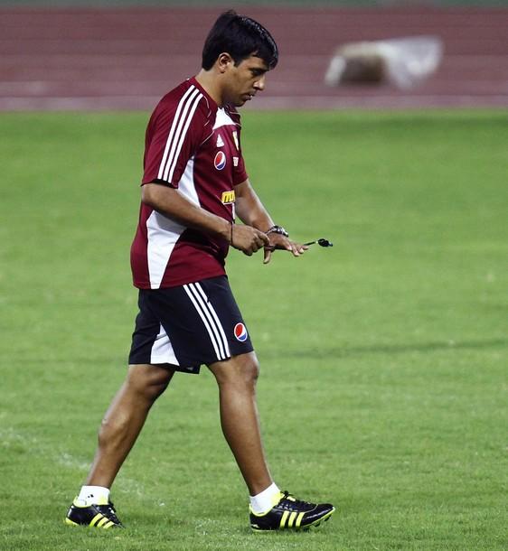 César Farías inició el 2012 con mucho trabajo para la selección.