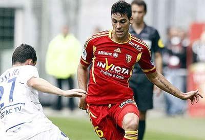 Gabriel Cichero juega desde esta temporada en el Lens.
