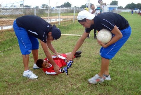 Los portero Luis Romero y Luis Curiel impartieron técnicas.