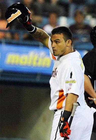 Gerardo Parra debutó con los zulianos como tercer bate.