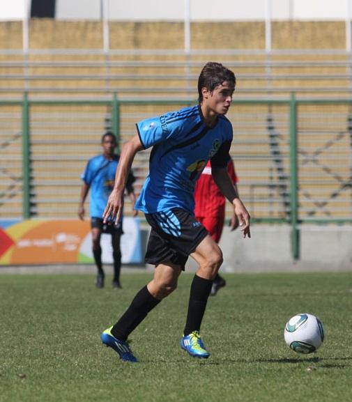 Manuel Arteaga marcó doblete para Zulia.