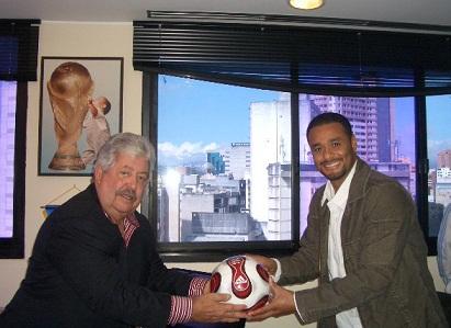 Rafael Esquivel y Johan Santana compartieron en la sede de la FVF.
