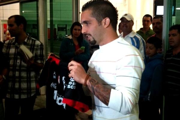 Giancarlo Maldonado ya posó con su nueva camiseta.