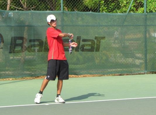 Lubi González es una de las cartas del tenis zuliano.