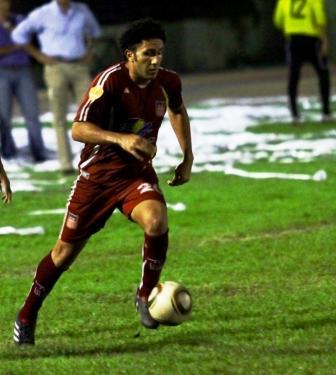 El polifuncional Jhonny Perozo regresa al Zulia FC.